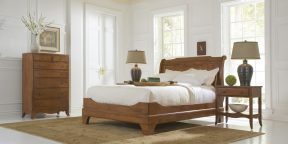 Virginina-Sleigh Bed
