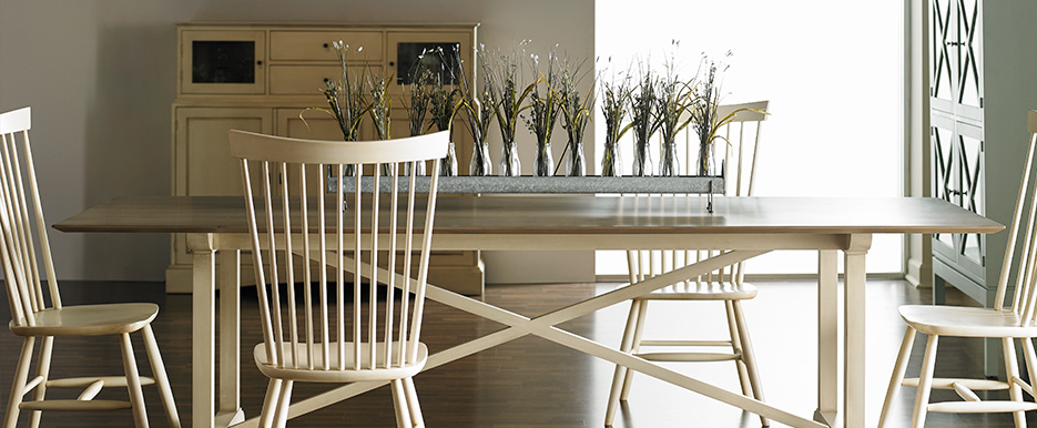 Gat Creek Milton Table and High Back Chairs